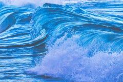 Μεγάλα κύματα από τον ωκεανό Στοκ Εικόνες