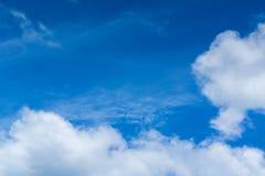μεγάλα σύννεφα Στοκ Φωτογραφίες
