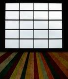 μεγάλα Windows σανίδων πατωμάτων gr Στοκ Φωτογραφία