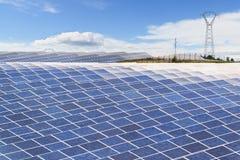 Μεγάλες εγκαταστάσεις ηλιακής ενέργειας Στοκ Εικόνες