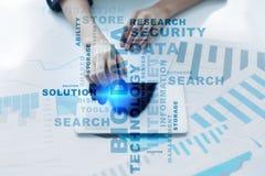Μεγάλες τεχνολογία στοιχείων και έννοια Διαδικτύου στην εικονική οθόνη Σύννεφο λέξεων Στοκ Εικόνες