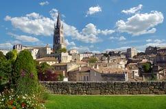 Μεγάλη άποψη σχετικά με το χωριό Αγίου Emilion Gironde, aquitaine, Γαλλία, Ευρώπη στοκ φωτογραφία με δικαίωμα ελεύθερης χρήσης