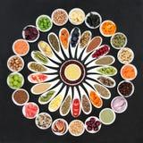 Μεγάλη επιλογή τροφίμων διατροφής στοκ εικόνα