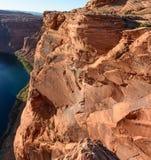 Μεγάλη πεταλοειδής κάμψη βράχου φαραγγιών κοντά στη σελίδα Αριζόνα Στοκ Φωτογραφίες