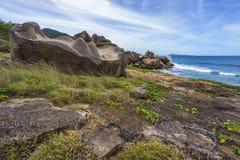 Μεγάλος βράχος γρανίτη στην άγρια ακτή του anse songe, Λα digue, seyc Στοκ φωτογραφία με δικαίωμα ελεύθερης χρήσης