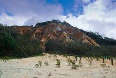 Μεγάλος γκρεμός στρώματος βράχου, νησί Fraser στοκ εικόνα