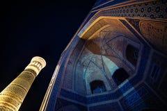 Μεγάλος μιναρές του Kalon και της ήρεμης σκηνής νύχτας καταστροφών μουσουλμανικών τεμενών Kalon ιστορικής αρχαίας, Μπουχάρα, Ουζμ στοκ εικόνα