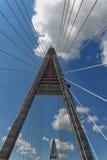 μεγάλος πυλώνας κατασκευής κάτω Στοκ Φωτογραφίες