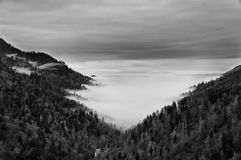 Μεγάλο καπνώές βουνό Στοκ Εικόνες