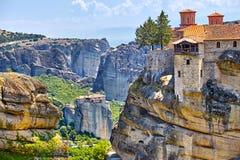 Μεγάλο μοναστήρι Varlaam στον υψηλό βράχο σε Meteora, Thessaly Στοκ Εικόνες