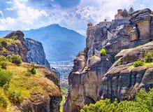 Μεγάλο μοναστήρι Varlaam στον υψηλό βράχο σε Meteora, Thessaly Στοκ Εικόνα