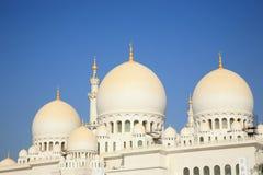 Μεγάλο μουσουλμανικό τέμενος Ahu Dhabi στοκ φωτογραφίες