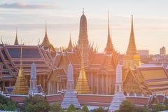 Μεγάλο παλάτι της Μπανγκόκ Ταϊλάνδη αποκαλούμενο σμαραγδένιο ναό στοκ εικόνες