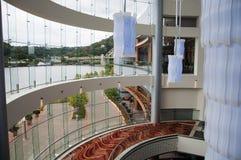 μεγάλο παράθυρο γυαλι&omicr στοκ φωτογραφίες με δικαίωμα ελεύθερης χρήσης