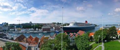 μεγάλο σκάφος λιμένων κρ&omicr Στοκ εικόνα με δικαίωμα ελεύθερης χρήσης