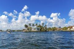 Μεγάλο σπίτι στο Fort Lauderdale Στοκ Φωτογραφία