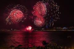Μεγάλο φεστιβάλ πυροτεχνημάτων σε Gelendzhik Περιοχή Krasnodar Ρωσία 09/15/2017 Στοκ Φωτογραφία