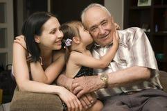μεγάλο grandpa κορών Στοκ φωτογραφίες με δικαίωμα ελεύθερης χρήσης
