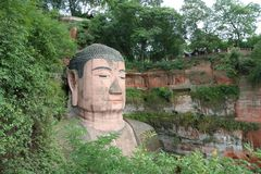 μεγάλο leshan άγαλμα του Βούδ&a στοκ εικόνες