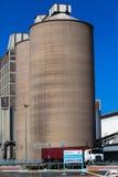 Μεγάλο truck σιλό σιταριού στοκ εικόνα με δικαίωμα ελεύθερης χρήσης