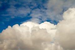 Μεγάλα και όμορφα σύννεφα σωρειτών στοκ φωτογραφίες με δικαίωμα ελεύθερης χρήσης