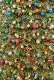 Μεγάλα φω'τα και διακοσμήσεις χριστουγεννιάτικων δέντρων Στοκ Φωτογραφία