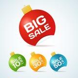 Μεγάλες ετικέττες αυτοκόλλητων ετικεττών σφαιρών Χριστουγέννων πώλησης με το κείμενο διανυσματική απεικόνιση