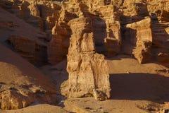Μεγάλες πέτρες στο φαράγγι Charyn Στοκ φωτογραφίες με δικαίωμα ελεύθερης χρήσης