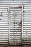 Μεγάλες πόρτες γκαράζ στοκ εικόνα