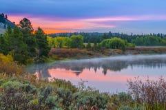 Μεγάλη αντανάκλαση Teton στην ανατολή Στοκ φωτογραφίες με δικαίωμα ελεύθερης χρήσης