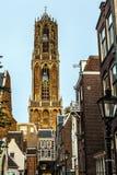 Μεγάλη αρχαία γοτθική εκκλησία ευρωπαϊκός παραδοσιακό&sig Ουτρέχτη - Ολλανδία Στοκ εικόνα με δικαίωμα ελεύθερης χρήσης
