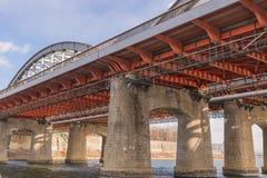 Μεγάλη εθνική οδός γεφυρών πέρα από τον ποταμό στη Σεούλ Στοκ Εικόνες