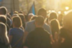 Μεγάλη ομάδα unrecognizable ανθρώπων ως ακροατήριο σε πολιτικό εγώ Στοκ Εικόνες