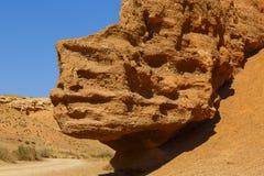 Μεγάλη πέτρα στο φαράγγι Charyn Στοκ Φωτογραφίες