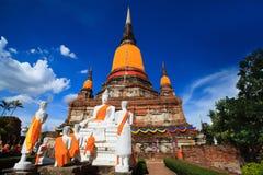 Μεγάλη παγόδα στον παλαιό πόλης ναό στην Ταϊλάνδη την ημέρα μπλε ουρανού Στοκ φωτογραφία με δικαίωμα ελεύθερης χρήσης