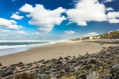 Μεγάλη παραλία στην Πορτογαλία Στοκ Φωτογραφίες