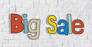 Μεγάλη πώληση και τουβλότοιχος στην πλάτη Στοκ εικόνες με δικαίωμα ελεύθερης χρήσης