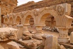 Μεγάλη ρωμαϊκή αρχαιολογική περιοχή της Λιβύης Τρίπολη Leptis - Περιοχή της ΟΥΝΕΣΚΟ Στοκ φωτογραφία με δικαίωμα ελεύθερης χρήσης