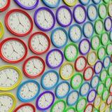 Μεγάλη σειρά απλών ρολογιών στα διάφορα χρώματα Στοκ Εικόνες