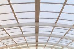 Μεγάλη στέγη χάλυβα και γυαλιού Στοκ φωτογραφία με δικαίωμα ελεύθερης χρήσης