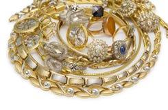 Μεγάλη συλλογή των χρυσών κοσμημάτων Στοκ εικόνα με δικαίωμα ελεύθερης χρήσης