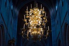 Μεγάλος λαμπτήρας με τα κεριά στην εκκλησία Σουηδία, Ευρώπη Στοκ φωτογραφία με δικαίωμα ελεύθερης χρήσης