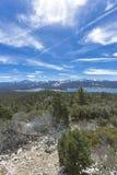Μεγάλος αντέξτε το πεζοπορώ βουνών κοντά Arrowhead λιμνών Στοκ φωτογραφίες με δικαίωμα ελεύθερης χρήσης