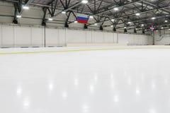 Μεγάλος κενός εσωτερικός νέος πάγος rick για τους ανταγωνισμούς Στοκ φωτογραφία με δικαίωμα ελεύθερης χρήσης