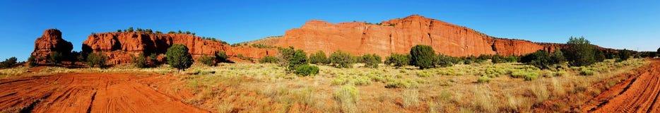 Μεγάλος κόκκινος νοτιοδυτικός απότομος βράχος πανοραμικός Στοκ φωτογραφία με δικαίωμα ελεύθερης χρήσης