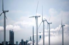 μεγάλος μπλε σύννεφων ακτών ανατολικών αγροκτημάτων καιρικός άσπρος αέρας ουρανού της Ιρλανδίας συμπαθητικός Στοκ φωτογραφία με δικαίωμα ελεύθερης χρήσης