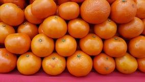 Μεγάλος σωρός των φρούτων, πορτοκάλια Στοκ Εικόνα
