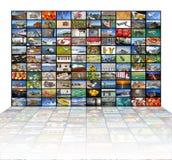 Μεγάλος τηλεοπτικός τοίχος της οθόνης TV Στοκ Φωτογραφίες
