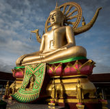 Μεγάλο άγαλμα του Βούδα σε Wat Phra Yai, Koh Samui, Ταϊλάνδη Στοκ φωτογραφίες με δικαίωμα ελεύθερης χρήσης