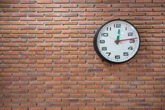 Μεγάλο αναδρομικό ρολόι Στοκ Εικόνες